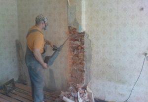 Слом стен, демонтаж