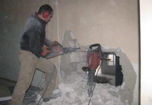 Демонтаж перегородок и стен. Уфа.