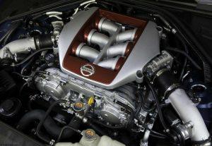 Ремонт двигателя,  замена масла,  ТО.